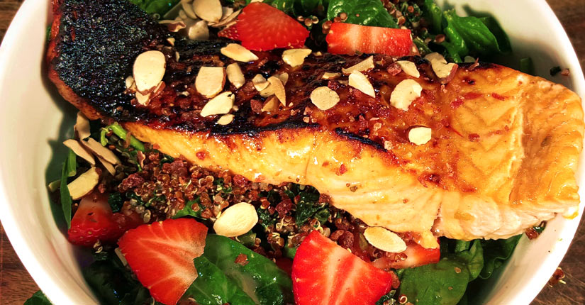 Spinach Salad with Broiled Salmon & Strawberry Vinaigrette